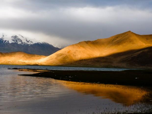 Cina lago karakul
