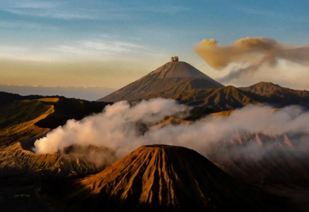 Indonesia vulcano Bromo alba