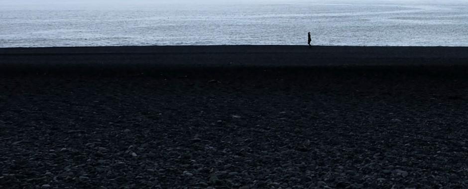 Islanda: la spiaggia nera di Reynisfjara (Vik)
