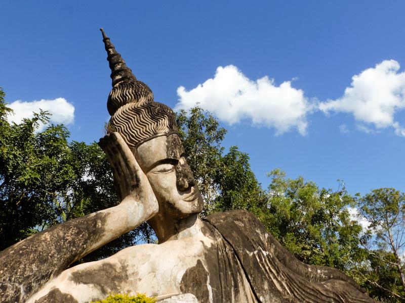 parco dei budda vientiane laos