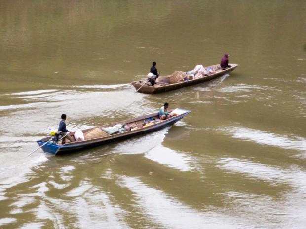 Laos fiume