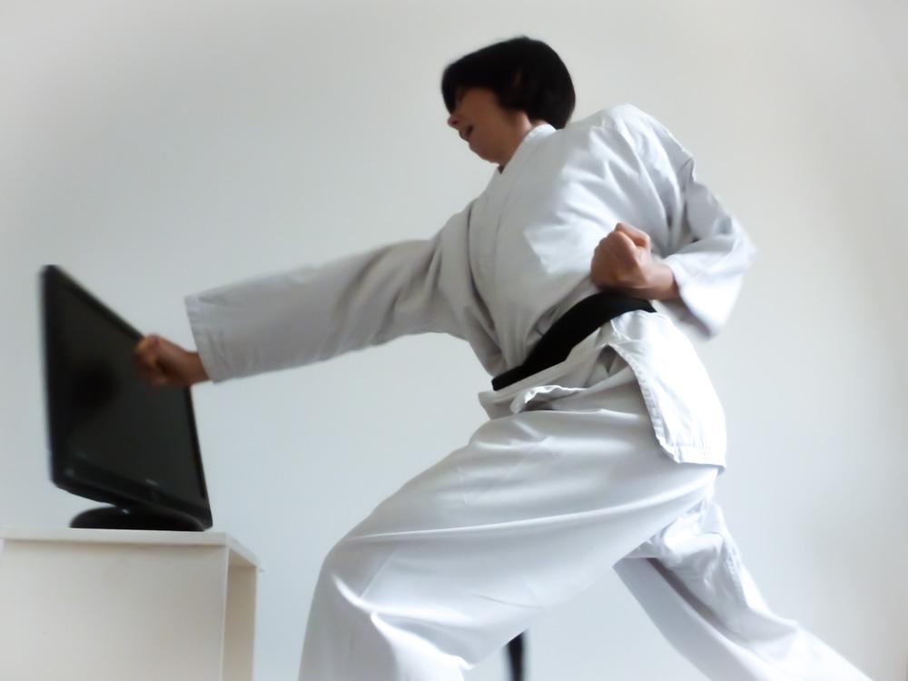 Lo Zen e l'arte di distruggere il televisore