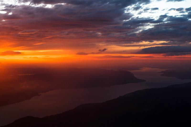 Norvegia tramonto fiordo