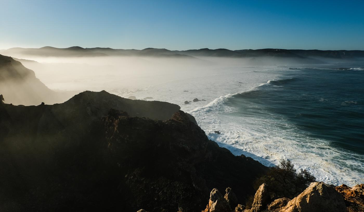 Rota Vicentina cammino a piedi Portogallo sentiero dei pescatori alba panorama
