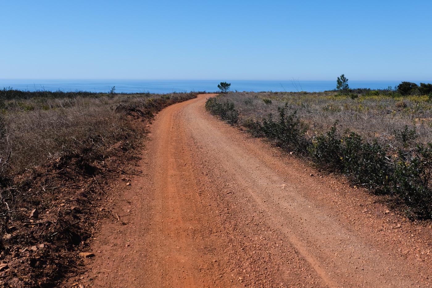 Rota Vicentina cammino a piedi Portogallo sentiero dei pescatori strada