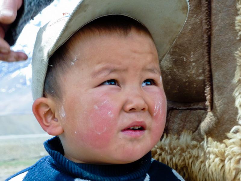Tagikistan bambino