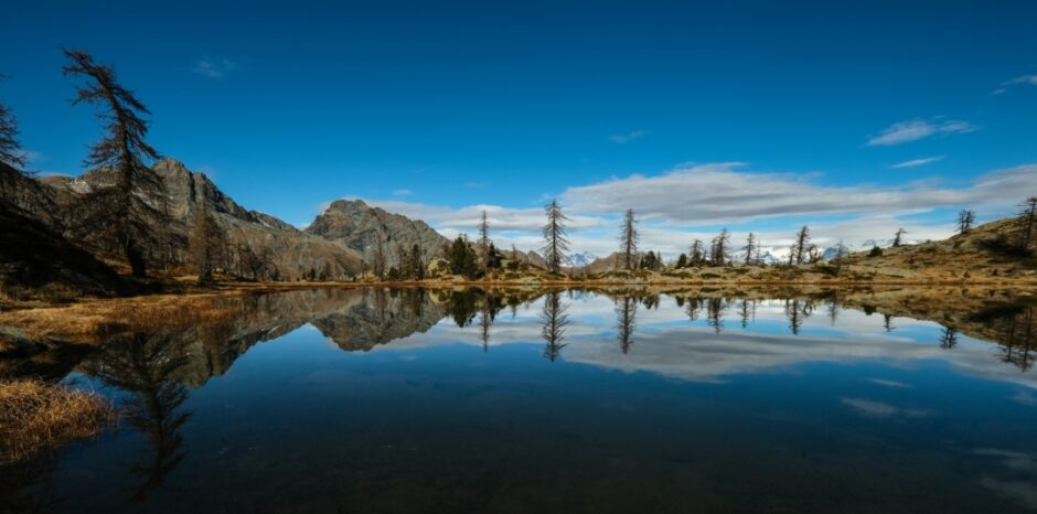 Trekking al Rifugio Barbustel e laghi del parco del Mont Avic