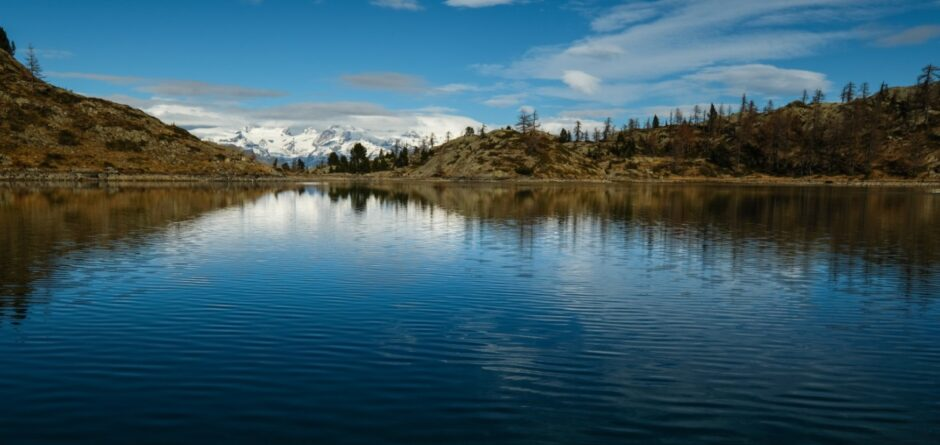 Trekking rifugio barbustel laghi parco naturale mont avic valle aosta champorcher lac blanc