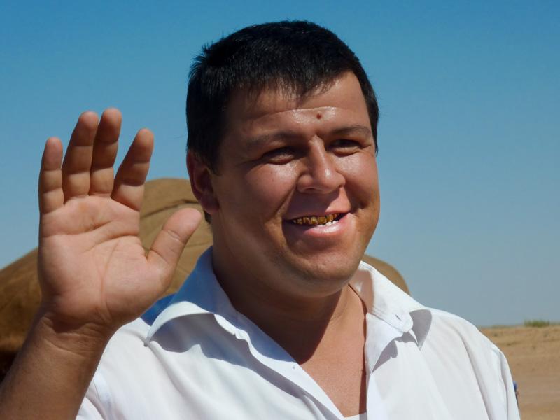 Uzbekistan denti d'oro