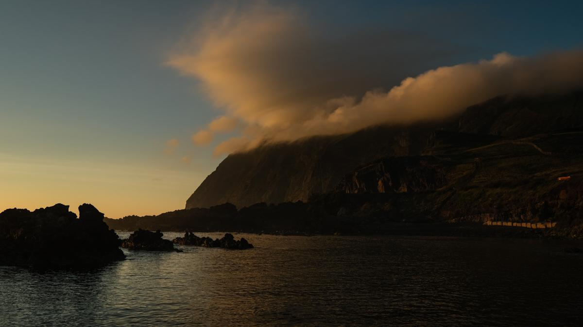 Viaggio a Corvo isole Azzorre tramonto
