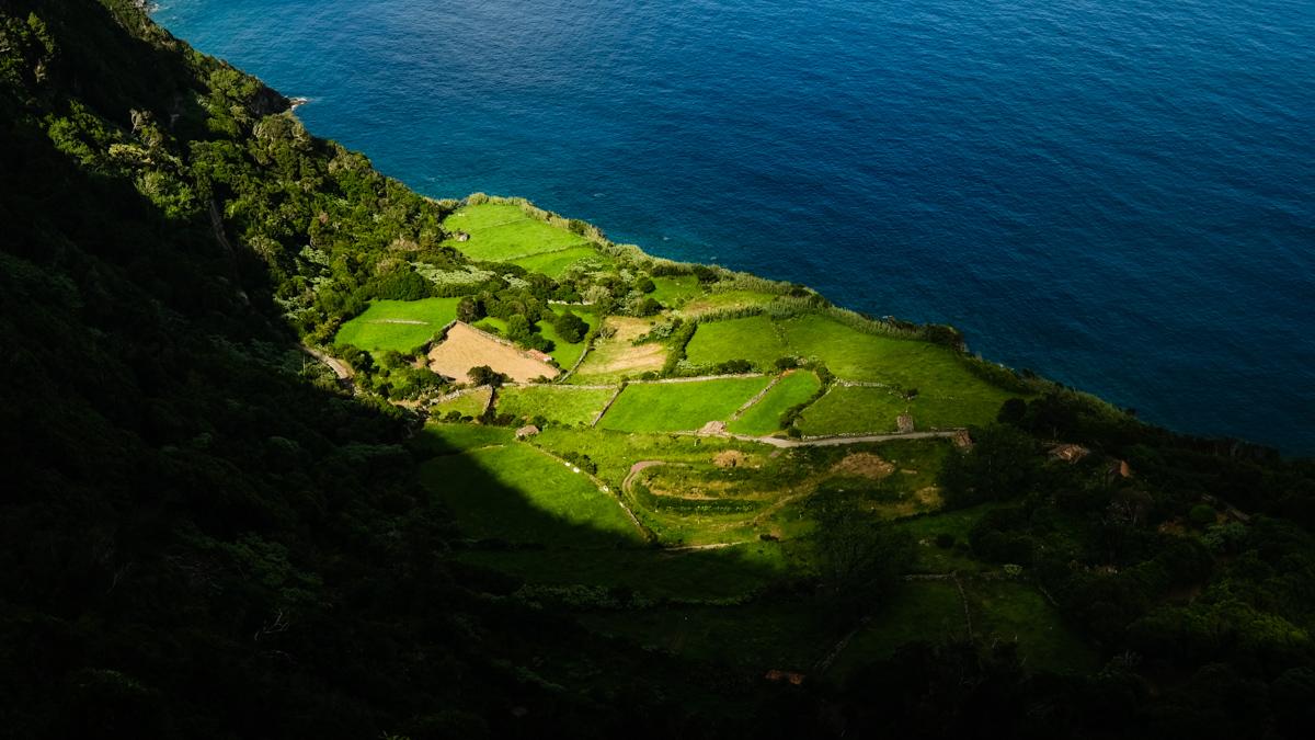 Viaggio a Flores e Corvo isole Azzorre luce