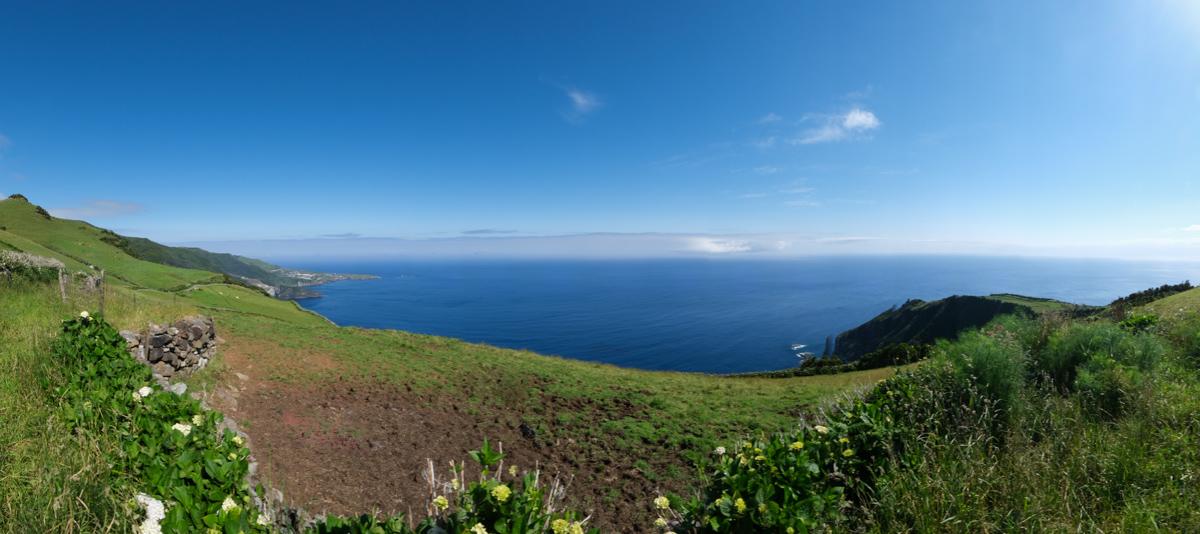 Viaggio a Flores e Corvo isole Azzorre trekking panorama