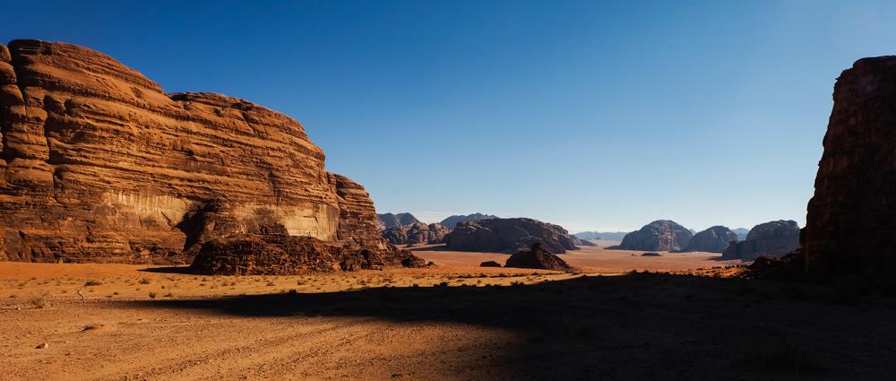 Viaggio in Giordania racconto deserto wadi rum ombra