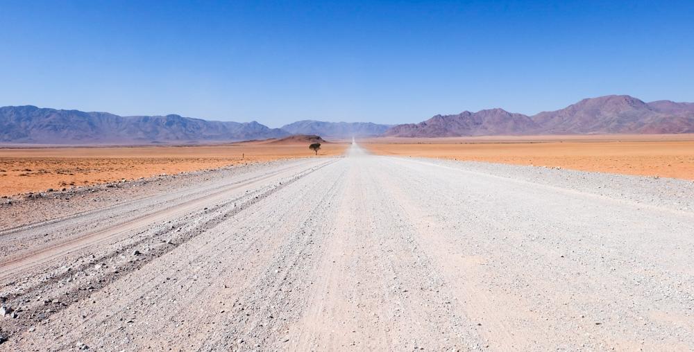 Viaggio in Namibia strada colori