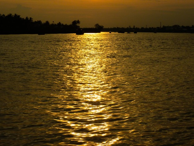 Vietnam mekong tramonto