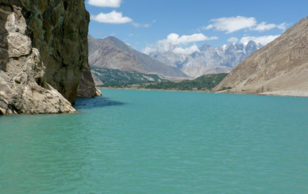 attabad pakistan lago