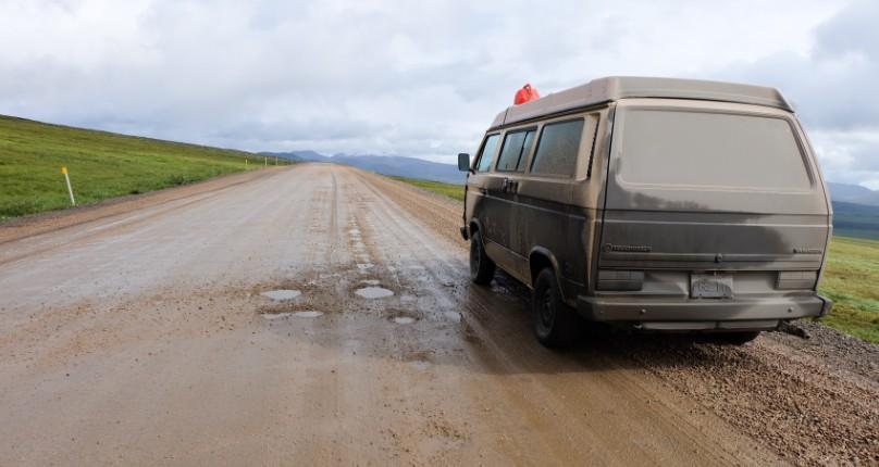canada territori del nord ovest dempster highway fango