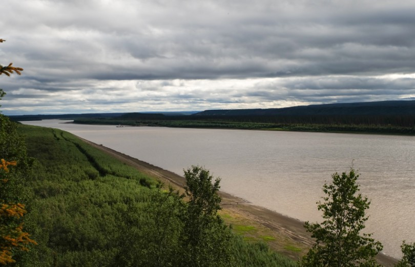 canada territori del nord ovest dempster highway fiume peel