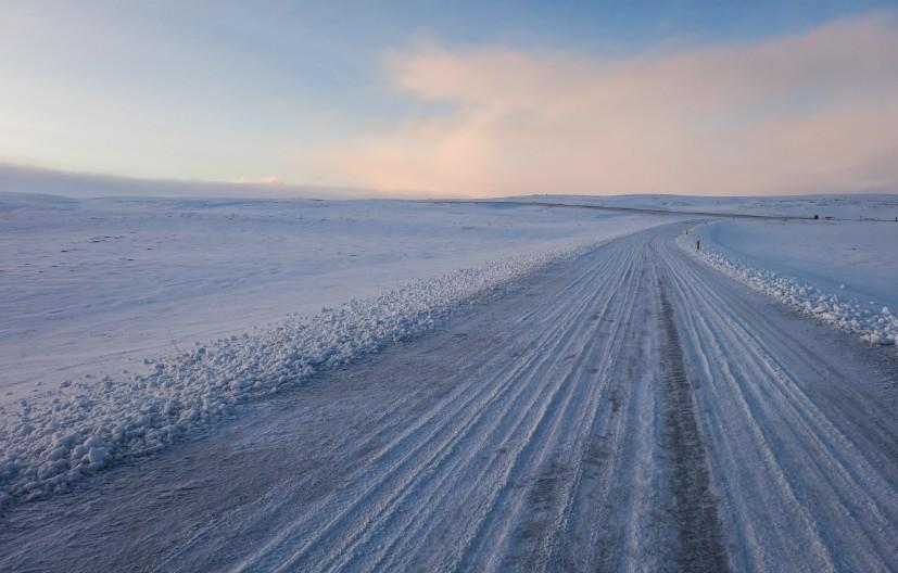 guidare in inverno islanda auto a noleggio