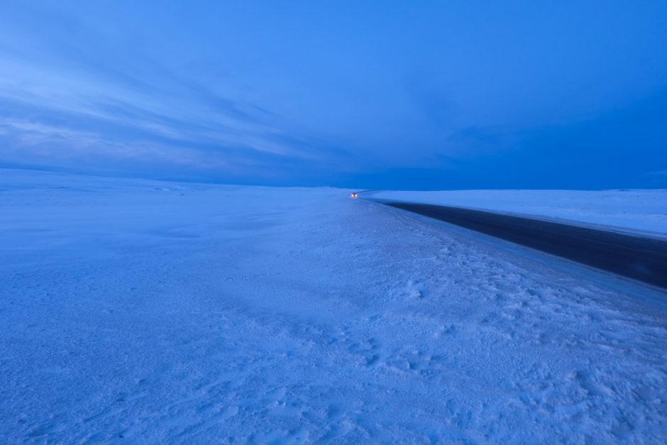 inverno in islanda strada ghiacciata