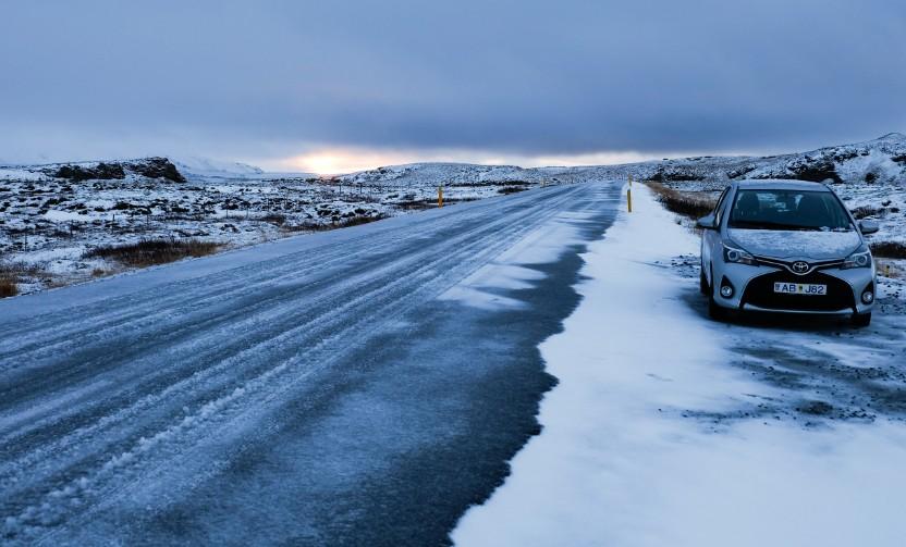 islanda viaggio in inverno auto a noleggio