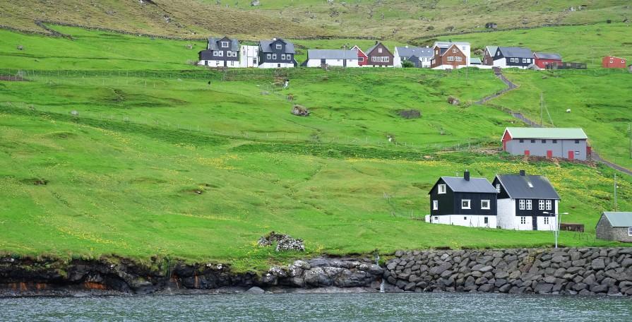 kalsoy villaggio