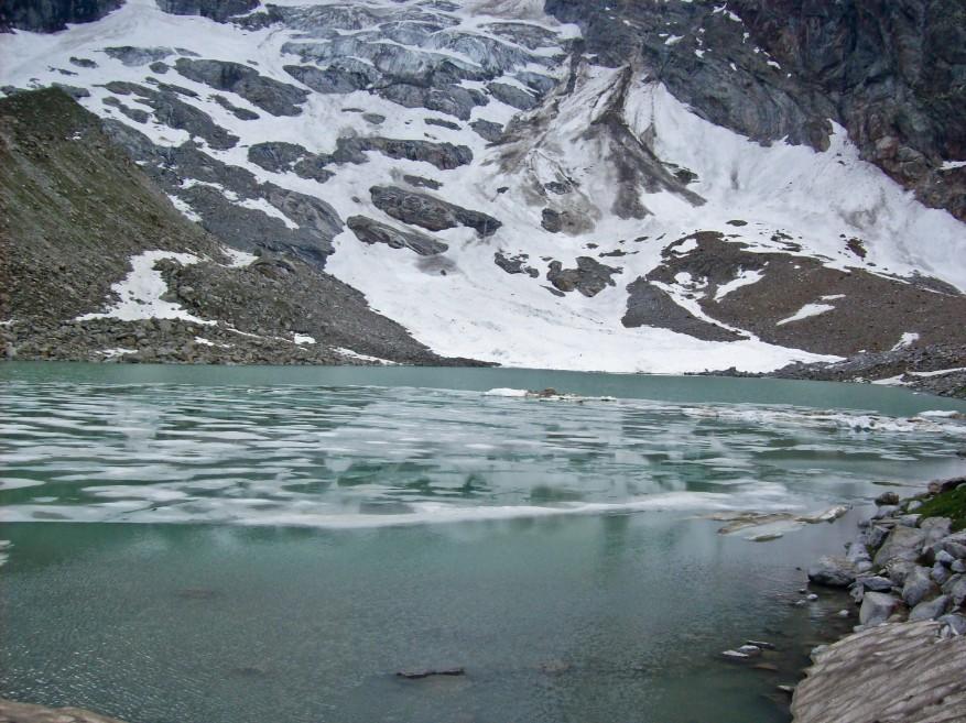 trekking lago delle locce monte rosa