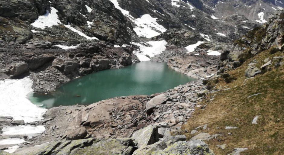 lago nero rifugio carlo emilio trekking val chiavenna