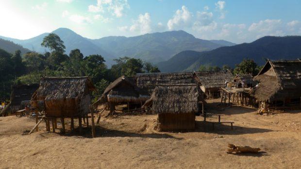 laos trekking villaggi muang sing