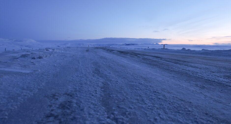 libri di viaggio islanda neve