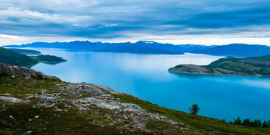 libro di viaggio Norvegia fiordo