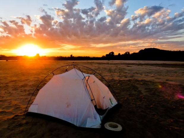 madagascar viaggio Tsiribihina tenda