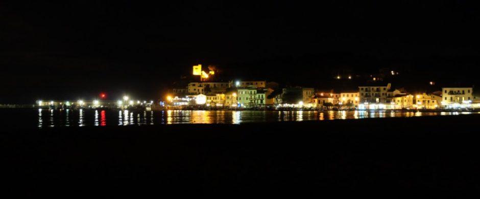marina di campo fotografia notturna