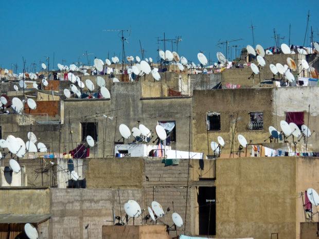 Marocco: Una selva di antenne nella medina di Fez