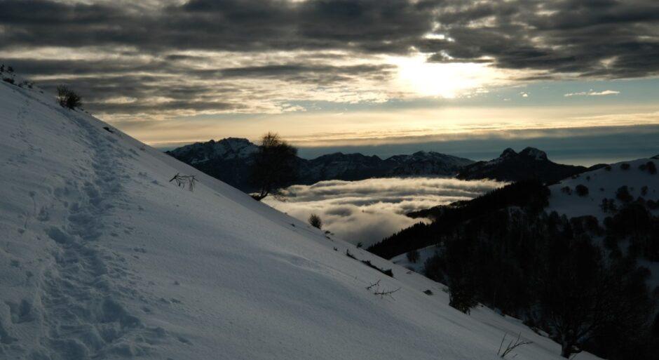 monte san primo sentiero ciaspole alba