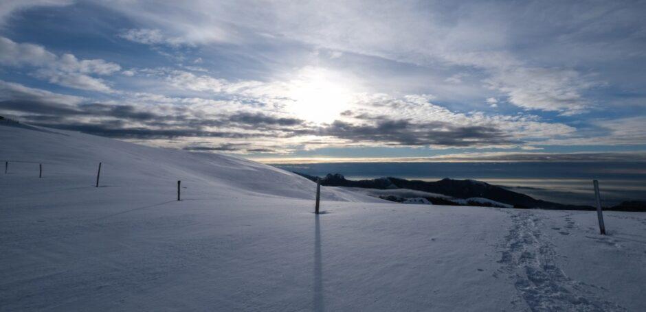 Monte San Primo alba in ciaspole