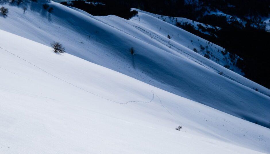 monte san primo sentiero ciaspole neve