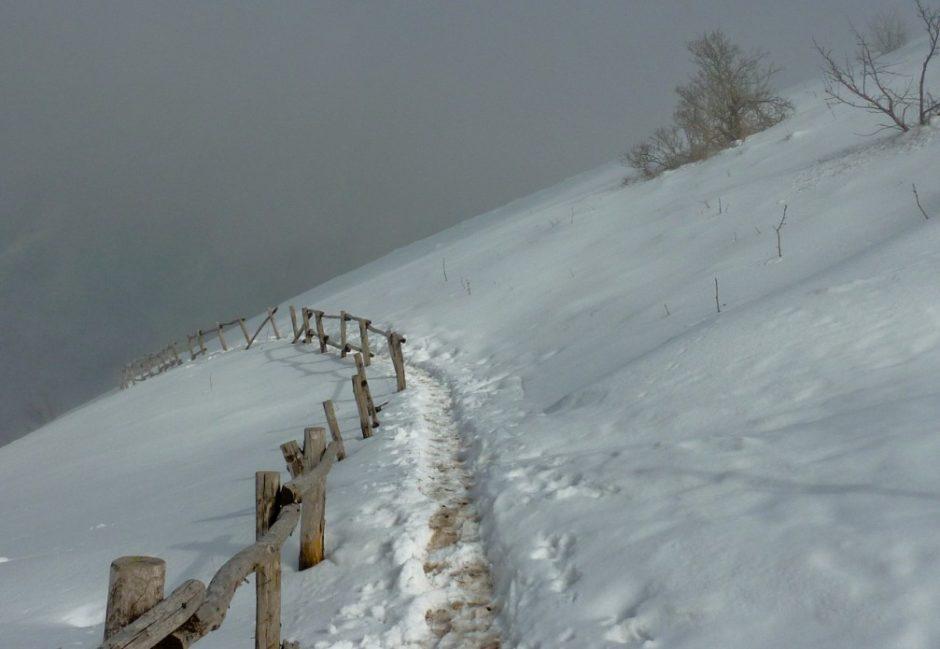 nebbia monte bollettone trekking