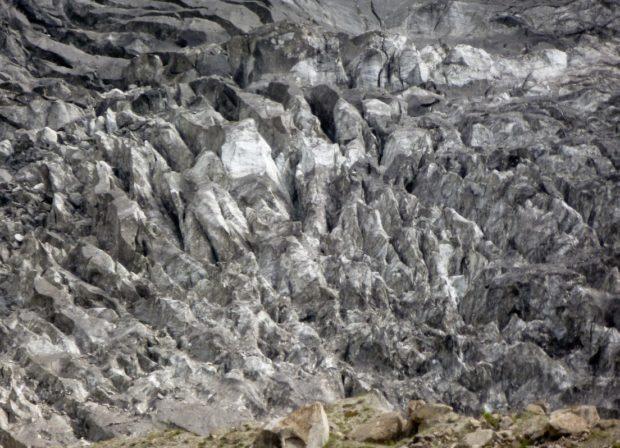 pakistan ghiacciaio ultar meadow
