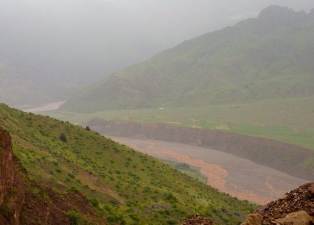 pamir highway confine tagikistan afganistan