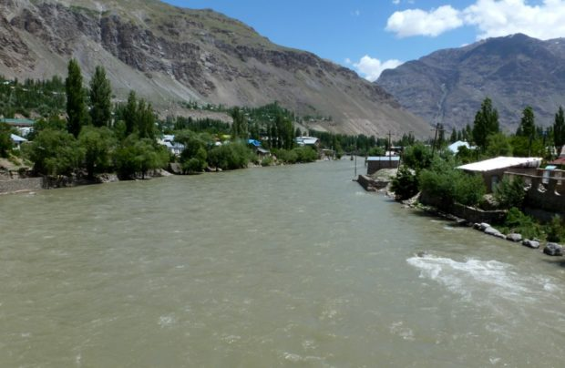 pamir highway khorog tagikistan