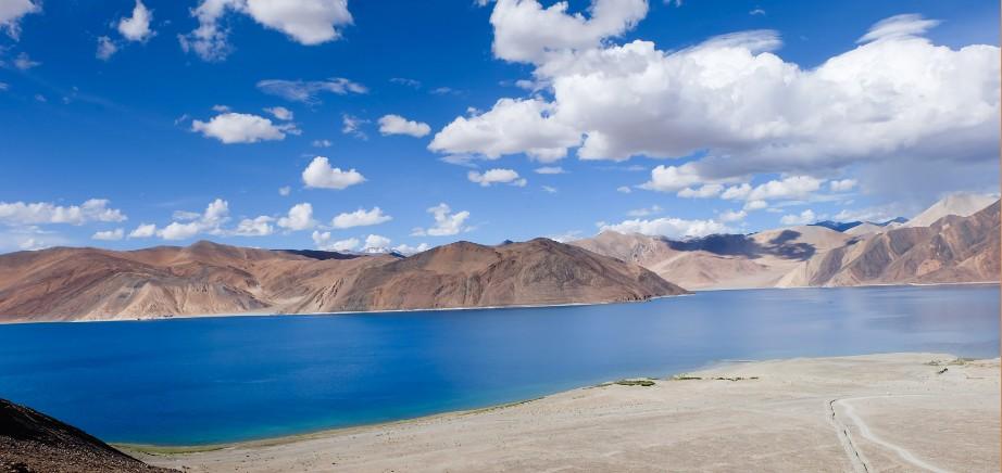 pangong lake ladakh blu