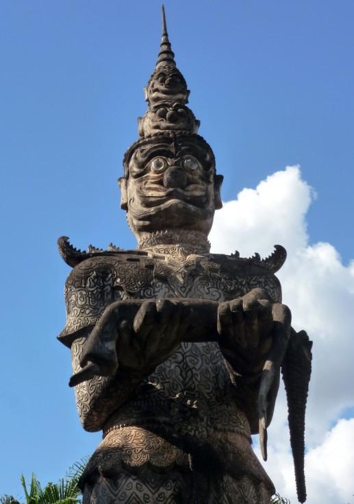 parco dei budda vientiane laos statua