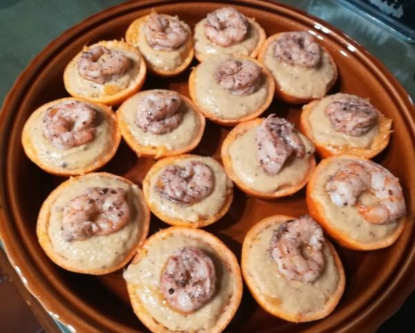 ricetta hummus arancia gamberi sommacco impiattamento