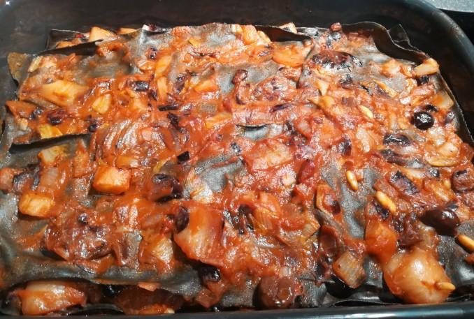 ricetta lasagne al nero di seppia con radicchio e invidia belga