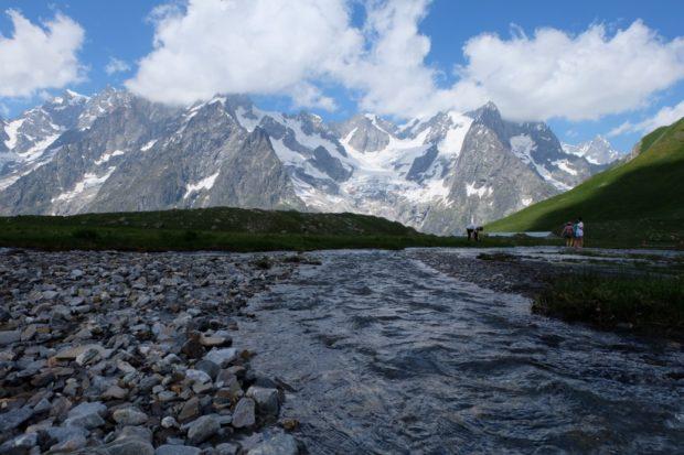 rifugio bonatti alpeggio estate