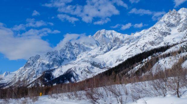 rifugio bonatti sentiero inverno