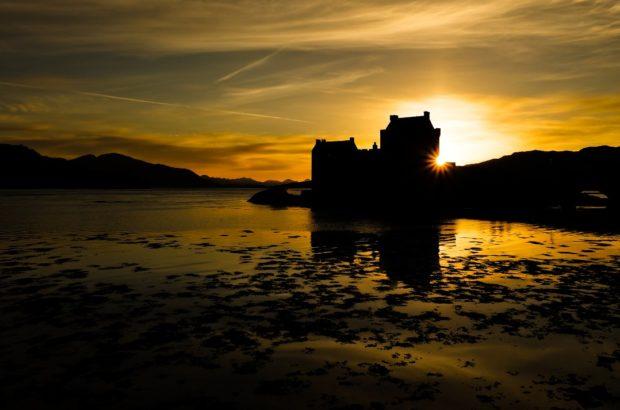scozia castello Einean tramonto