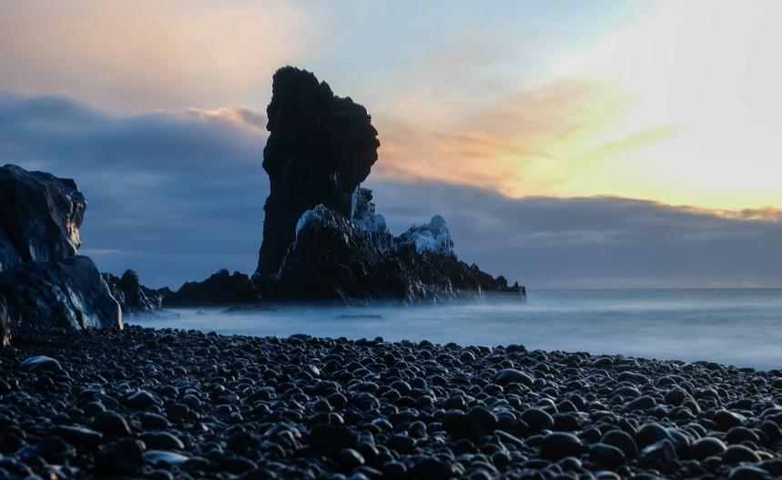 snaefellsnes Djupalonssandur sassi neri sabbia spiaggia islanda viaggio