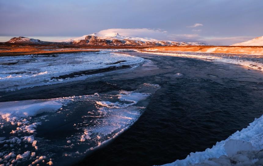 snaefellsnes fiume ghiacciato islanda viaggio inverno